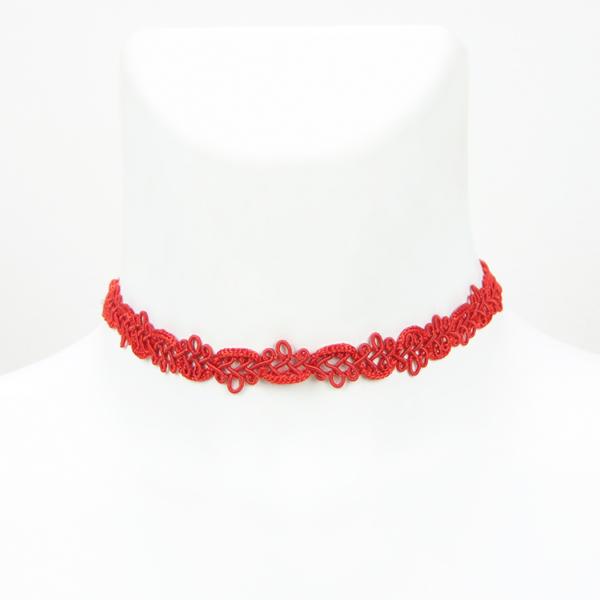 Elegantní červený choker